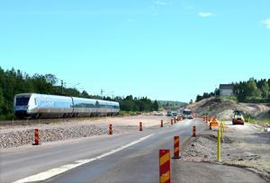 Arbetet är redan igång på gamla E4 och på järnvägen.