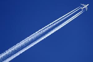 Den dag som flyget kan visa upp koldioxidneutrala transporter så har det en framtid, skriver insändaren.