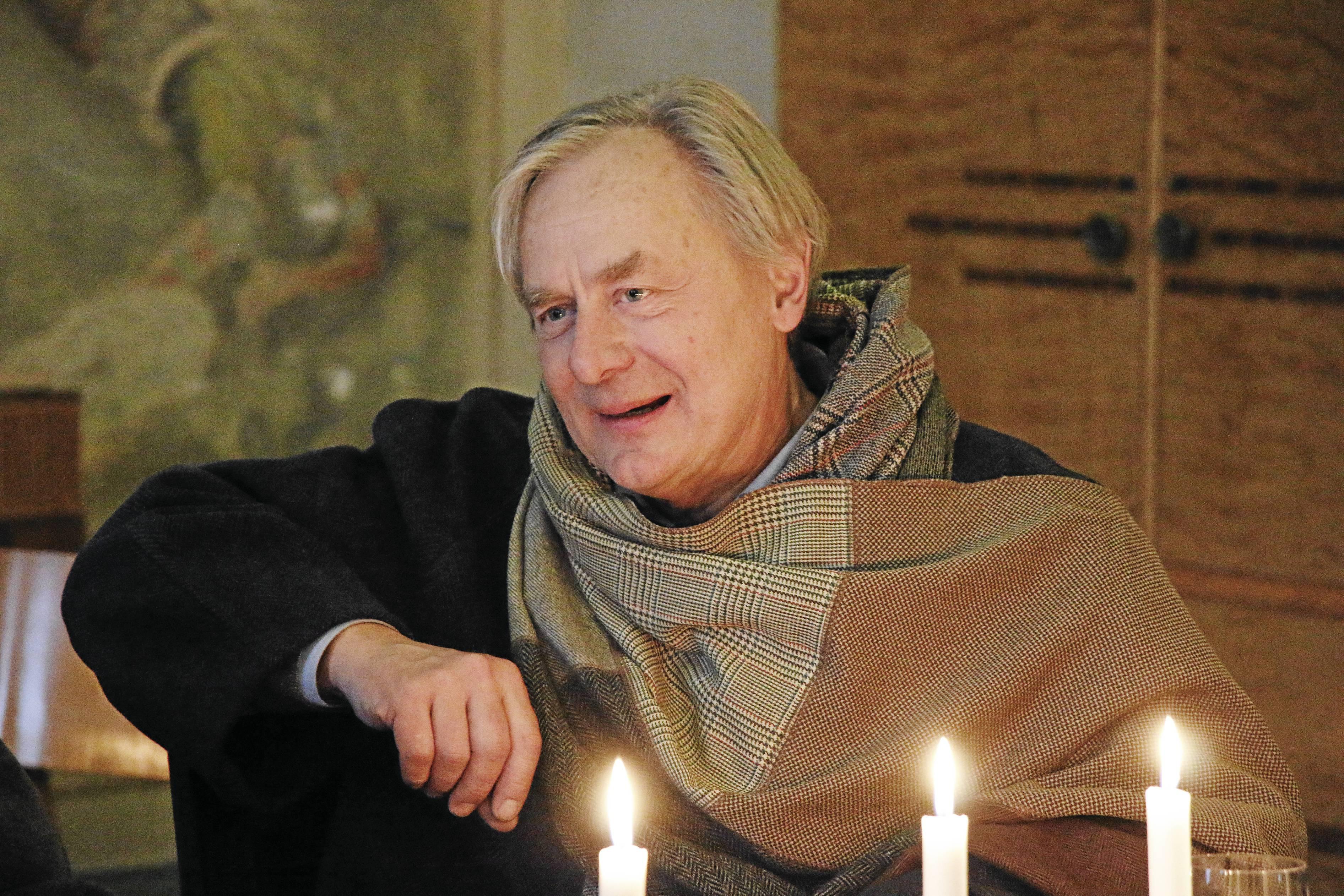 Nu blir det kura skymning i biblioteket på måndag. Magnus Wetterholm läser ur en isländsk bok, och Barbro Järliden läser isländsk poesi. Arkivbild