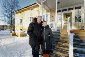 Bengt och Carina Wåhlin som är med och driver Brukets dag i Långshyttan ser oerhört positivt på de 20 000 kronorna de fått från Hedemora kommun. Sedan 2012 har de drivit evenemanget.