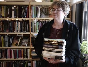 Anita Persson räknade till 50 besökare på biblioteket i Lillhärdal på lördagen.