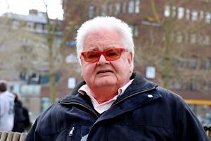 Erik B Löfgren.