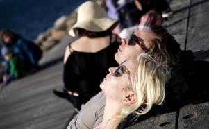 Stora delar av Sverige får goda solchanser under helgen – och mycket talar för att det håller i sig även under den kommande veckan.