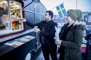 Rashid Mamou och Shirin Mamou  känner igen maten från sitt gamla hemland Syrien.