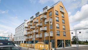 Slättö bygger nya lägenheter i Nykvarns centrum – som varit svåra att sälja.