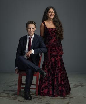 Anna-Lotta Larsson och Andreas Landegren. Foto: Pressbild