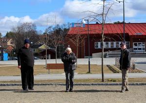 Varje tisdag ordnar PRO boulespel i Ösmo. Foto: Ulla Laiho