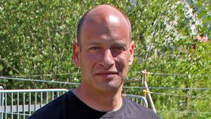 Ägaren av Norrängens Alpacka B&B, Paul Nicholls.