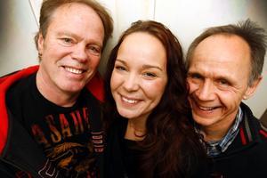 Åke Hagström, Maria Hagström och Sten Sundström skapade bandet  Mariaz för ett år sedan. Två gånger har de legat på P4-toppen.– Att vara med på radion är mest för att visa att vi finns, säger Maria.