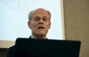 Riksbankens chef Stefan Ingves .