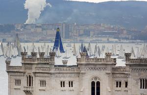 I Trieste på Italiens norra östkust hålls en årlig regatta. Foto:  Paolo Giovannini/TT