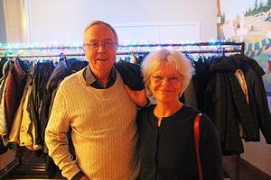 Benny Pettersson och Kajsa Enarsson, från Storvik, hade en lättsam oro kring revyns lokala anknytningar.