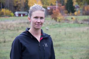 Michaela Åhlberg är för tillfället mammaledig och hemma på gården om dagarna.