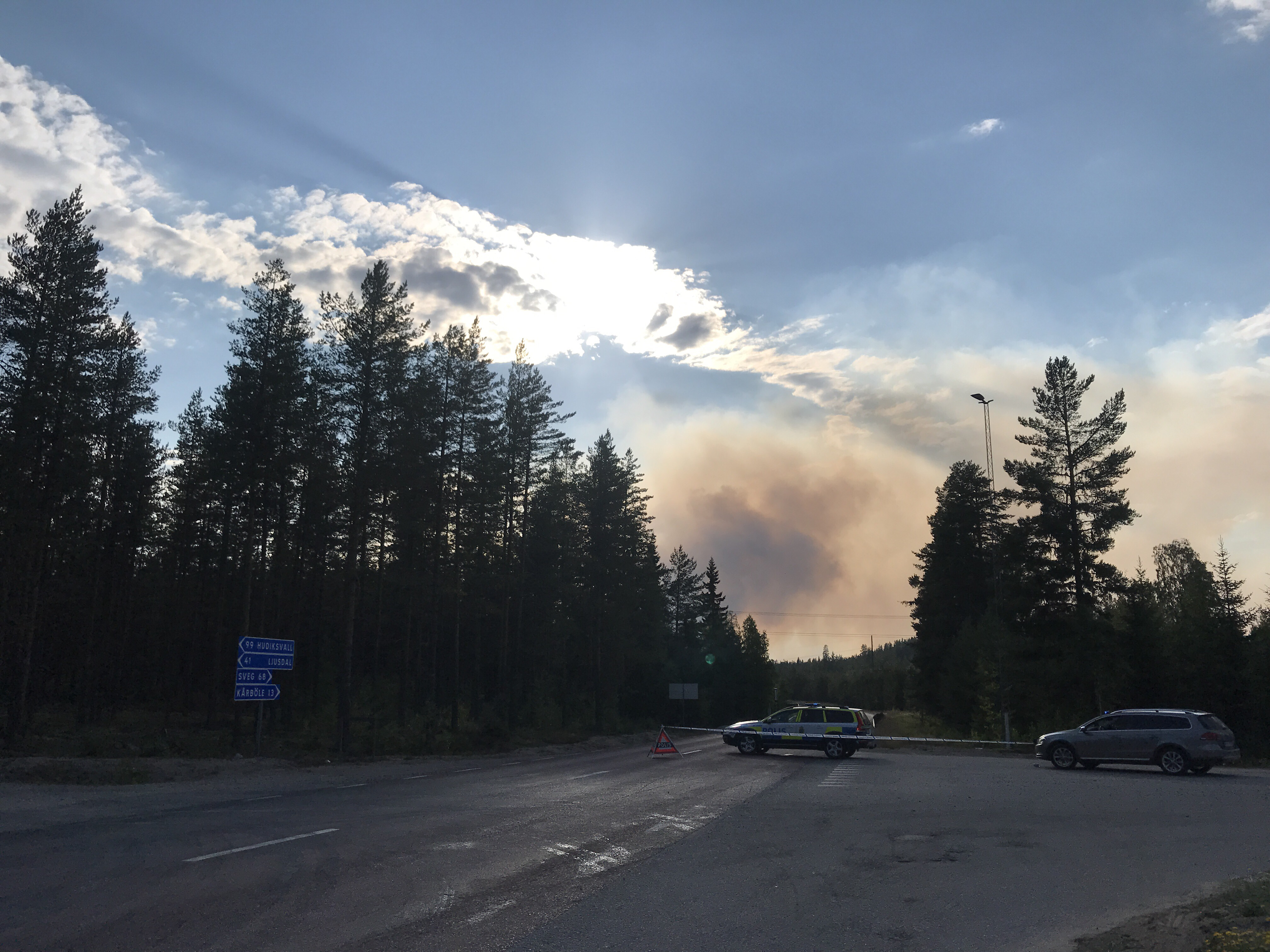 72 000 evakuerades efter brand