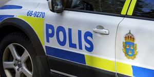Polisen uppmanar alla drabbade att anmäla skadan till 114 14.