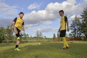 David Rytter och Mohammed Mohammedi, två av kuggarna i serieledande Åsens SK.