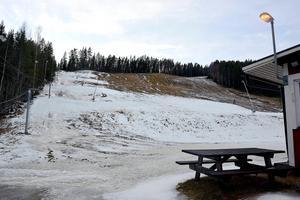 Även Getberget i Ånge var näst intill utan snö i mitten av december. Fotodatum: 2015-12-21