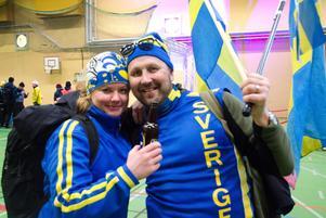 Malin Söderlund och Stefan Vester från Säter hyllade after ski-partyt i Lugnets sporthall.