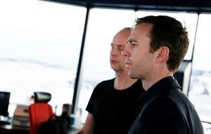 Kalle Olsson (S) är kritisk till projektet att fjärrstyra flygplatser ur ett totalförsvarsperspektiv.