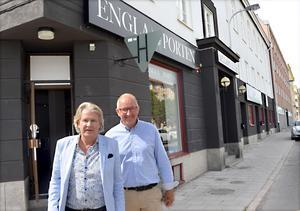 Stig Svedberg och Per-Erik Sjöström på Englaporten, bådas favoritprojekt.