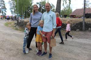 Stockholmarna Olle, Kristina, Hedda och Björn Karlström var på Silvergruvans dagar.