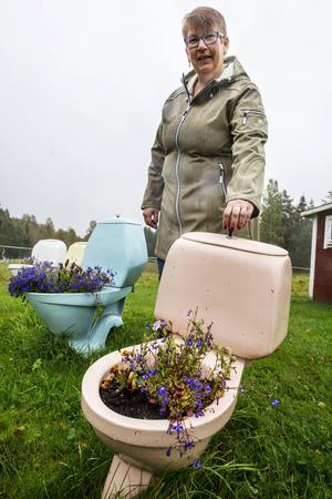 Smart bevattningssystem. Behållaren fylls med vatten, sedan är det bara att dra så får växterna vatten.