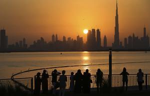 Dubais skyline med Khalifatornet, jordens just nu högsta byggnad. Bild: Kamran Jebrelli