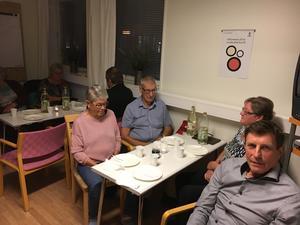 Centern höll valvaka i Studiefrämjandets lokaler i Bergsjö.