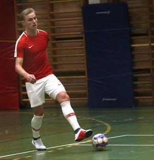 Jacob Rinne som utespelare – det var några år sedan. Men landslagsmålvakten spelade faktiskt ute långt upp i tonåren.