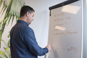 Det är viktigt att få till en bra digital arbetsmiljö både när det gäller kommunikation, samarbete och dokumenthantering, för att det vardagliga arbetet ska löpa på smidigt, säger Jens Eriksson, digital coach på TeamNorr.