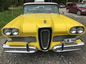 Ford Edsel möttes av skepsis i USA när den lanserades på 1950-talet.