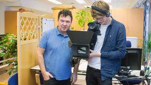Viktor Petrovski och Lukas Backland besökte Fagersta-Posten i samband med skapandet av dokumentären om Gröndahlsmordet.