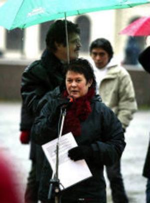 Birgitta Krona från Asylkommittén var en av talarna.