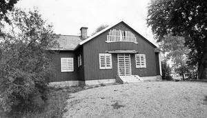 Ursprungliga Bjurhovda. Sista resten av Bjurhovda gård, 17 oktober 1969.