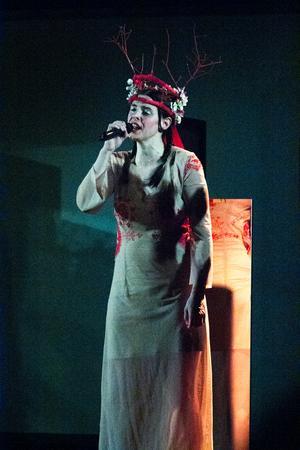 Brita Björs står stadigt i hembygdens Järvsö men fascineras av megastjärnan Beyoncés framträdanden.