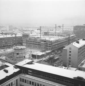 Punkthuset, då Skandinaviens största parkeringshus, invigdes 1969. Foto: Per-Ola Holm
