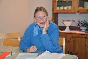 Anna-Kristina Öijer har tänkt skriva om sin farmor i examensarbetet.