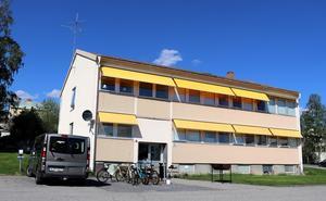 Framtiden för det gamla polishuset i Fränsta är ännu inte bestämd, men i veckan gavs i alla fall klartecken till att titta på möjligheten att etablera ett skolveckohem efter att HVB-hemmet Beata stängts igen.