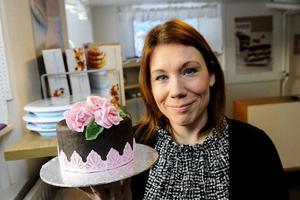 Malin Edlund säljer Tant Fondant. Bild: Leif Wikberg/arkiv