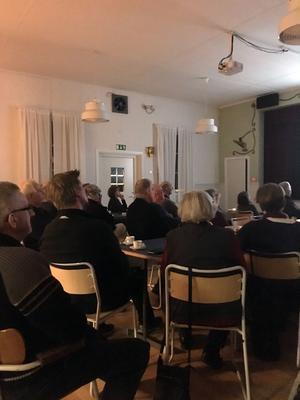 Publiken trivdes på Långsjögården.