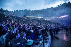 2 000 besökare blev det under lördagskvällen.