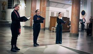 Molly Selander, Ella Vahtras och Adéle Brander från Operastudion.
