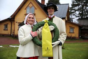 Fanny Axelsson och Daniel Duhlbo, 2020 års kranskulal och kransmas.