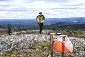 Tove Alexandersson jagar skärmar i sin sista tävling före VM i augusti.