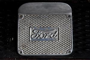 Totalt tillverkades 15 miljoner  exemplar mellan 1908 och 1927. Under dessa 19 år var varannan bil i världen en T-Ford.