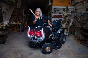 Motörheads föredetta trummis Mikkey Dee, numera trumslagare i legendariska tycka rockbandet Scorpions. Bild: Tradera