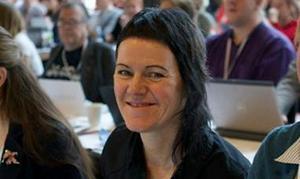 Jessika Svensson har själv jobbat på Kvinnojouren i två år och har sett hur viktig den är på nära håll.
