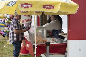 Marknad brukar betyda munkar för många.