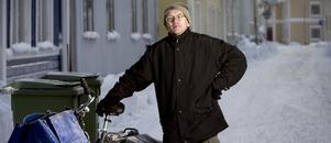 Tidningsbudet Jan-Olof Pettersson i Härnösand.