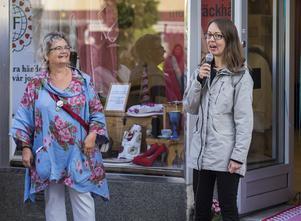 Elina Brodén höll ett kort tal. Foto: Henrik Hansson